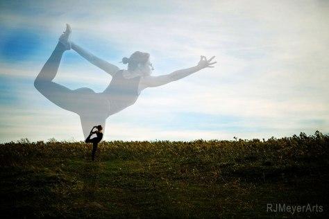 Yoga-5649rdmvblendweb2
