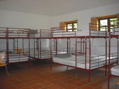 Albergue de peregrino rubiaes beds